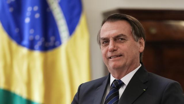 'Não vou jogar dominó com Lula e Temer no xadrez', diz Bolsonaro