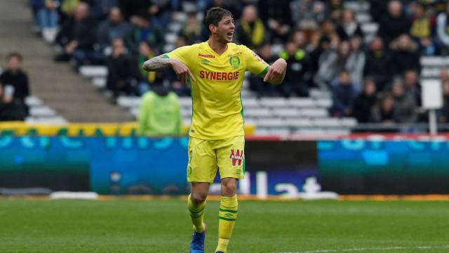 Nantes exige ao Cardiff que pague a transferência de Emiliano Sala