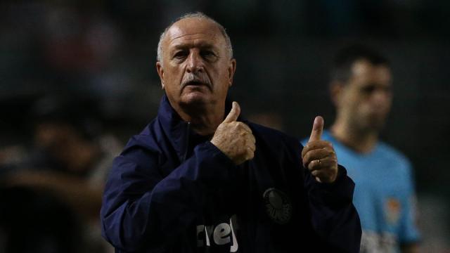 Felipão ataca VAR após empate em clássico: 'O árbitro não manda mais'
