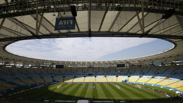 Presidente renuncia e consórcio Maracanã inicia transição
