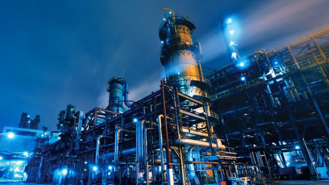 Governo estuda substituição de termelétricas a óleo por gás natural