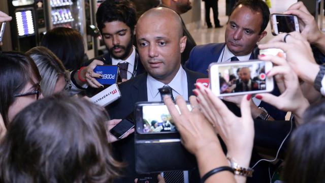 Base de apoio ao governo pode chegar a 372 deputados, diz líder