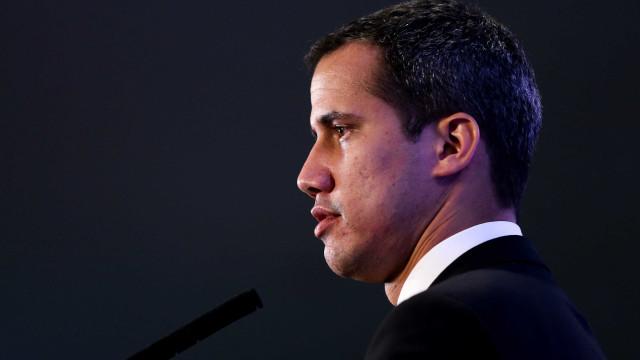 Assembleia Constituinte retira imunidade parlamentar de Guaidó