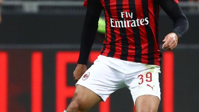 Milan anuncia que Paquetá sofreu uma entorse no tornozelo