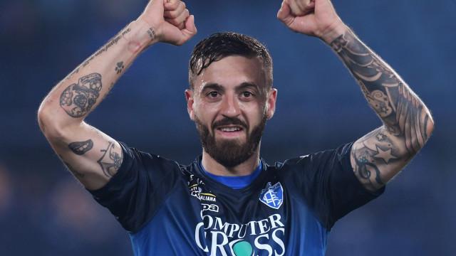 Napoli perde para Empoli e se distancia da líder Juventus