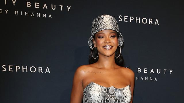 Rihanna canta hit Rehab durante festa da Fenty Beauty; veja