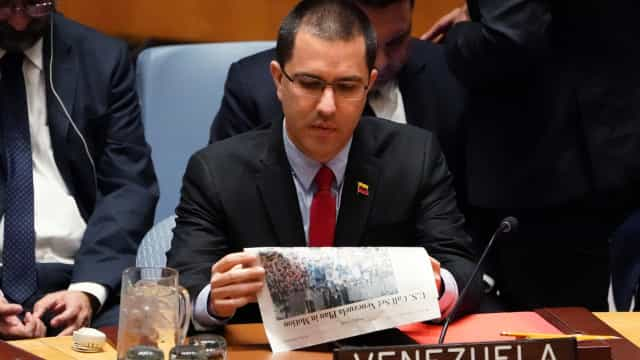 Ministro das Relações Exteriores diz que Guaidó 'é assunto da Justiça'