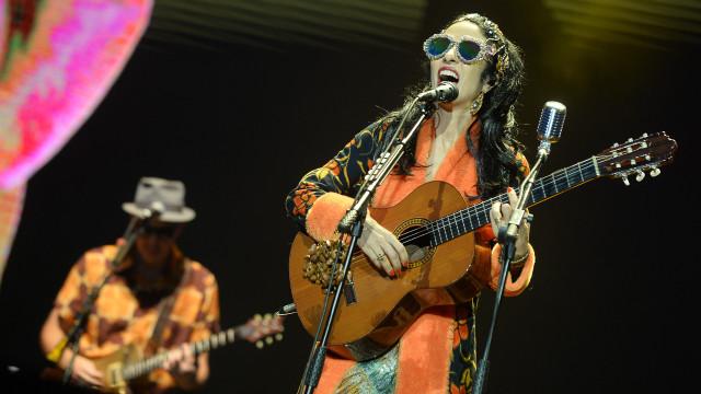Tribalistas tem apresentação descomunal no Lollapalooza