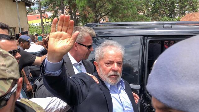 Lula completa um ano de prisão com finanças deterioradas