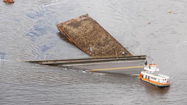 Balsa que causou queda de ponte no Pará estava irregular