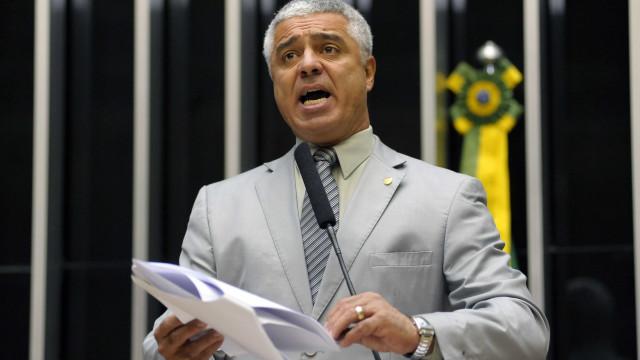 Líder do PSL defende adiar sessão da Previdência para evitar derrotas