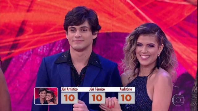 Lucas Veloso e bailarina terminam namoro iniciado no Dança dos Famosos