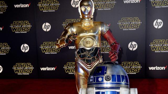 Ator que fez C-3PO em 'Star Wars' reclama de anonimato e calor
