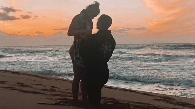 Tatiana Weston-Webb anuncia casamento e espera ano muito especial