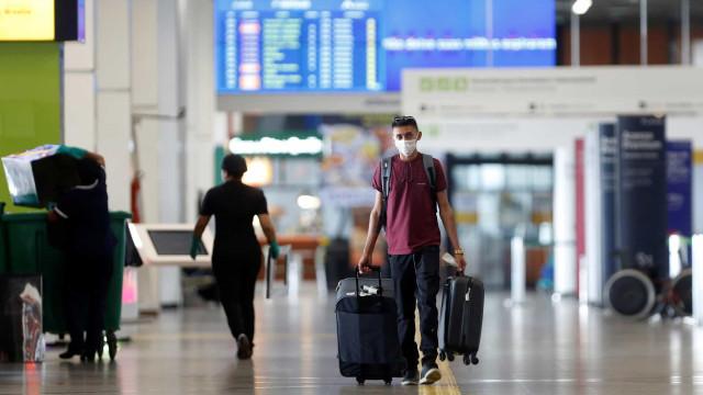 Governo proíbe a entrada de estrangeiros por via áerea no Brasil