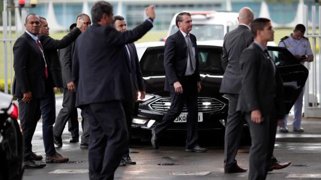 Segurança da Presidência pede que apoiadores evitem criticar a imprensa