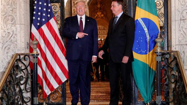 Bolsonaro diz ter conversado com Trump sobre suspensão de voos dos EUA