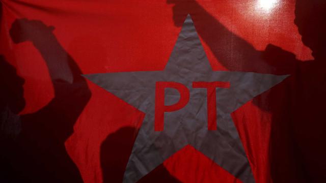 Justiça bloqueia R$ 18 mi do PT na Lava Jato por fraude na Petrobrás