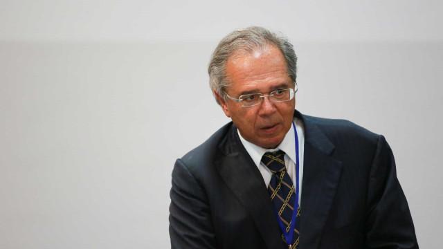 Guedes: 'Brasil está a caminho do fortalecimento da estrutura fiscal'