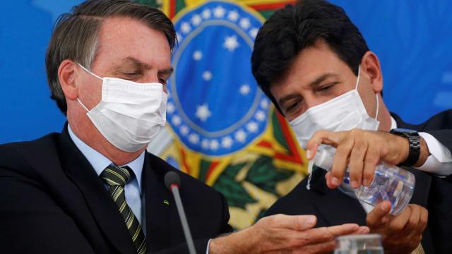 Bolsonaro assume que está se bicando com Mandetta