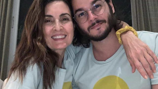 Fatima Bernardes troca 'Túlio' por 'William' durante live
