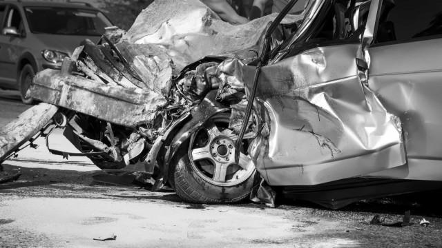 Sete jovens morrem em acidente após festa que burlou quarentena