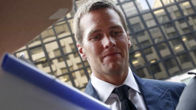 Tom Brady quebra quarentena e leva advertência da Prefeitura