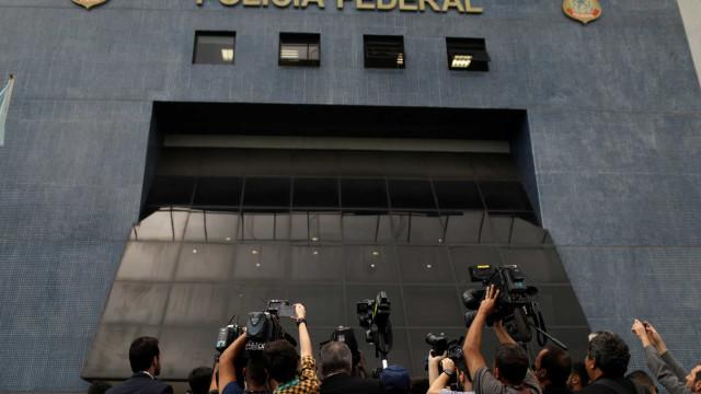 Delegados a Bolsonaro:'PF não faz comunicação pessoal com o presidente'