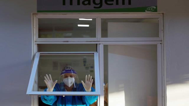 Em UTI, pacientes sem ar e profissionais com medo