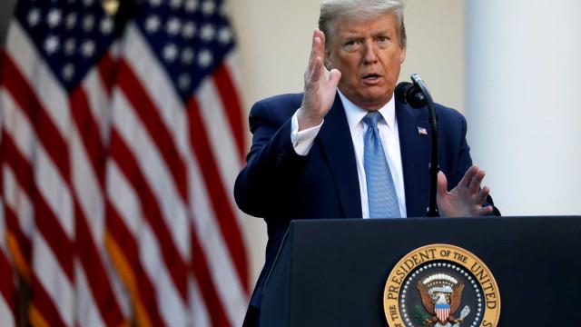 Apoiador não poderá processar Trump se pegar covid-19 em comícios