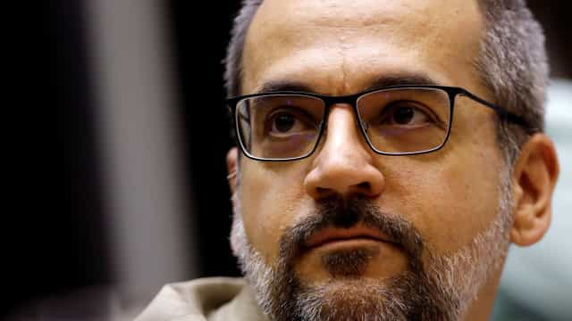 Weintraub diz que governo abrirá consulta sobre adiamento do Enem