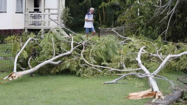 Reflexos do ciclone no Sul trazem ventos de até 90 km/h a SP e Rio