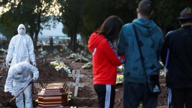 Covid-19: Brasil registra 69,1 mil mortes e 1,75 milhão de casos