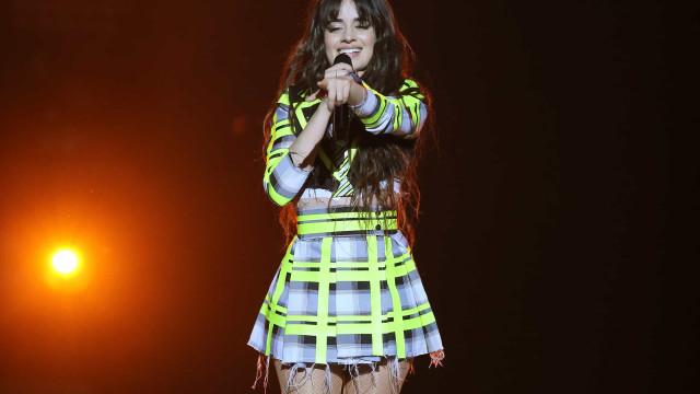 Com hit 'Havana', Camila Cabello faz live com novos arranjos de músicas
