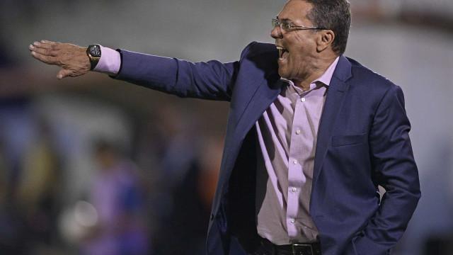Luxemburgo lamenta derrota, mas vê Palmeiras 'no caminho certo'