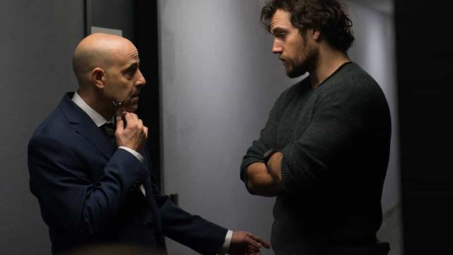 'Jogo Assassino' promete ser grande thriller, mas roteiro não anima