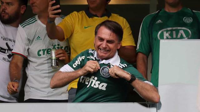 Bolsonaro parabeniza Palmeiras pelo título do Paulistão