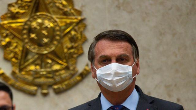 Bolsonaro: 'Está proibido falar em Renda Brasil, continua o Bolsa'