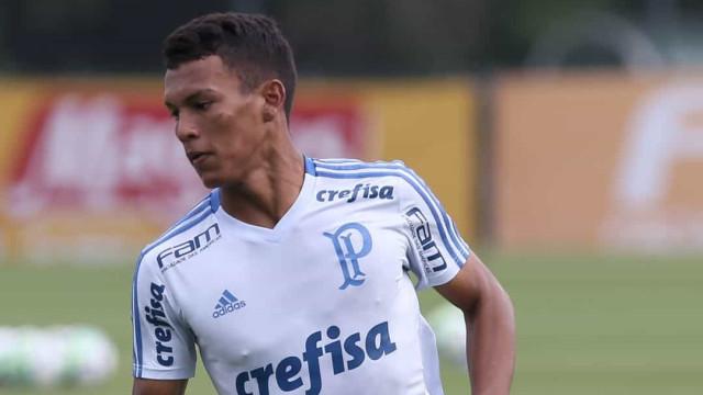 Gabriel Veron usa Núcleo de Saúde do Palmeiras para tratar lesão