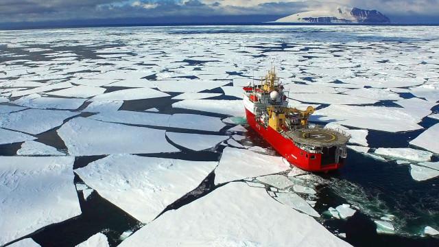 Degelo na Antártida é contínuo e vai aumentar, diz estudo