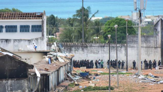 Covid-19: Número de presos cai no Brasil durante a pandemia