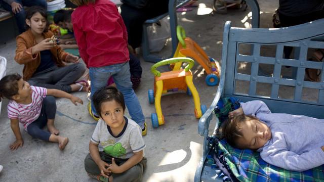 Mais de 100 mil crianças migrantes mantidas em centros de detenção