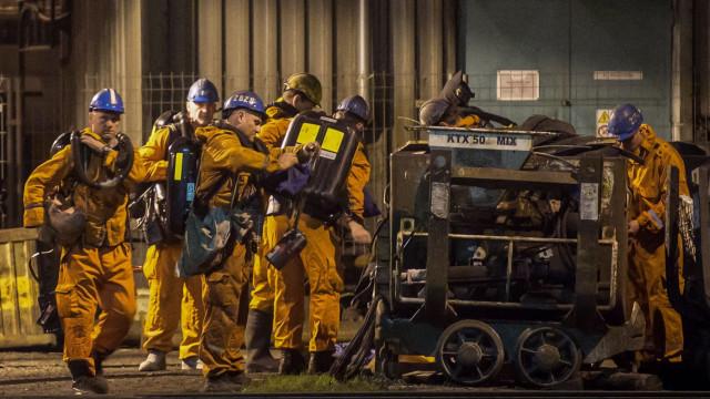 Explosão em mina deixa 13 mortos e dez feridos na República Tcheca