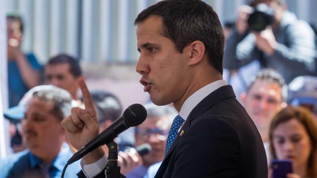 Guaidó convoca para 10 de março marcha até o parlamento venezuelano