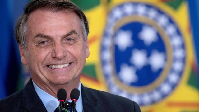 Bolsonaro diz que nenhum país preservou vidas e empregos como o Brasil
