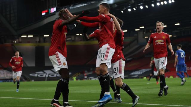 Manchester United busca virada diante do Brighton e se consolida em 2° no Inglês