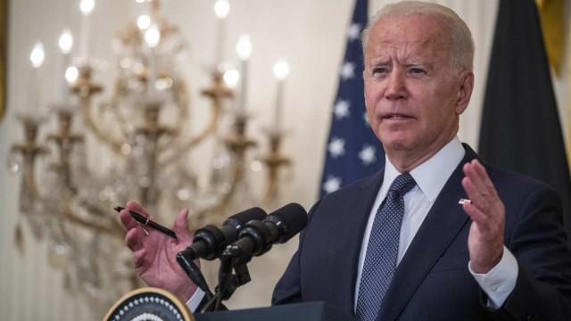 """Biden quer enviar para Cuba """"quantidades significativas"""" de vacinas"""