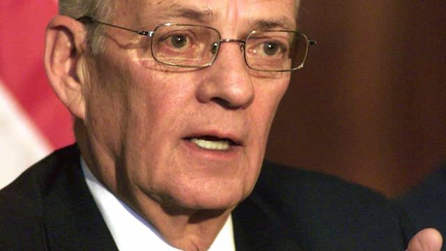 Ex-secretário do Tesouro dos EUA Paul O'Neill morre aos 84 anos