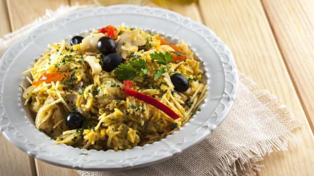 Receita portuguesa: aprenda a fazer um delicioso Bacalhau à Brás
