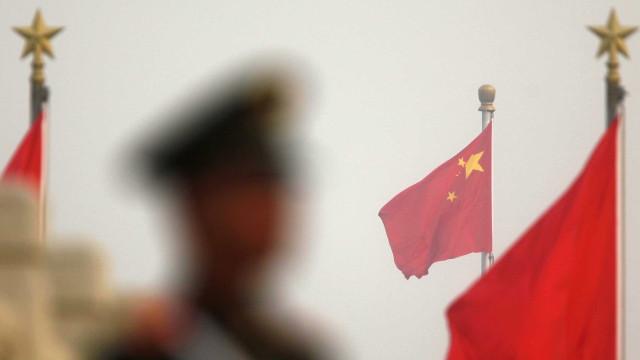 Forte explosão em fábrica na China deixa vários feridos